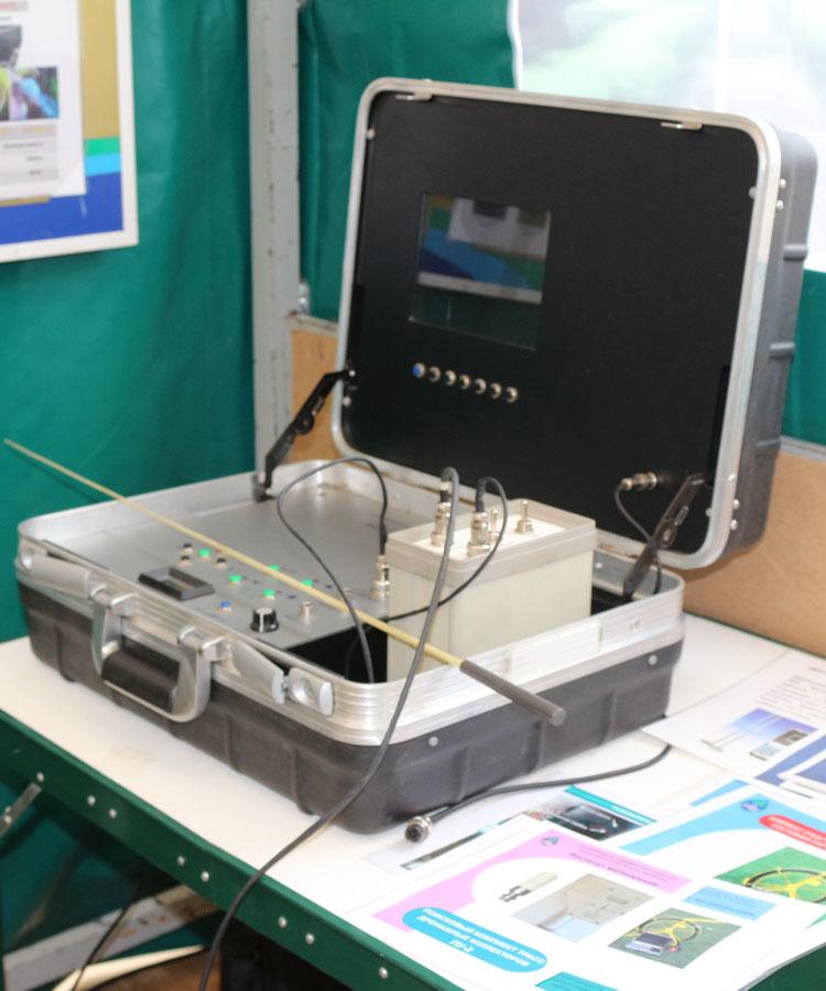 Диагностико-поисковое оборудование для обнаружения дефектов ГТС (Блок управления)