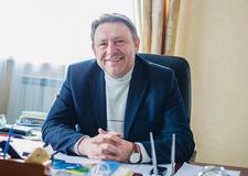 Анюховский Анатолий Васильевич, директор Толочинского консервного завода